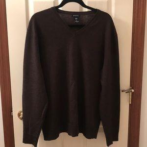 Gap brown size XL wool sweater - $10